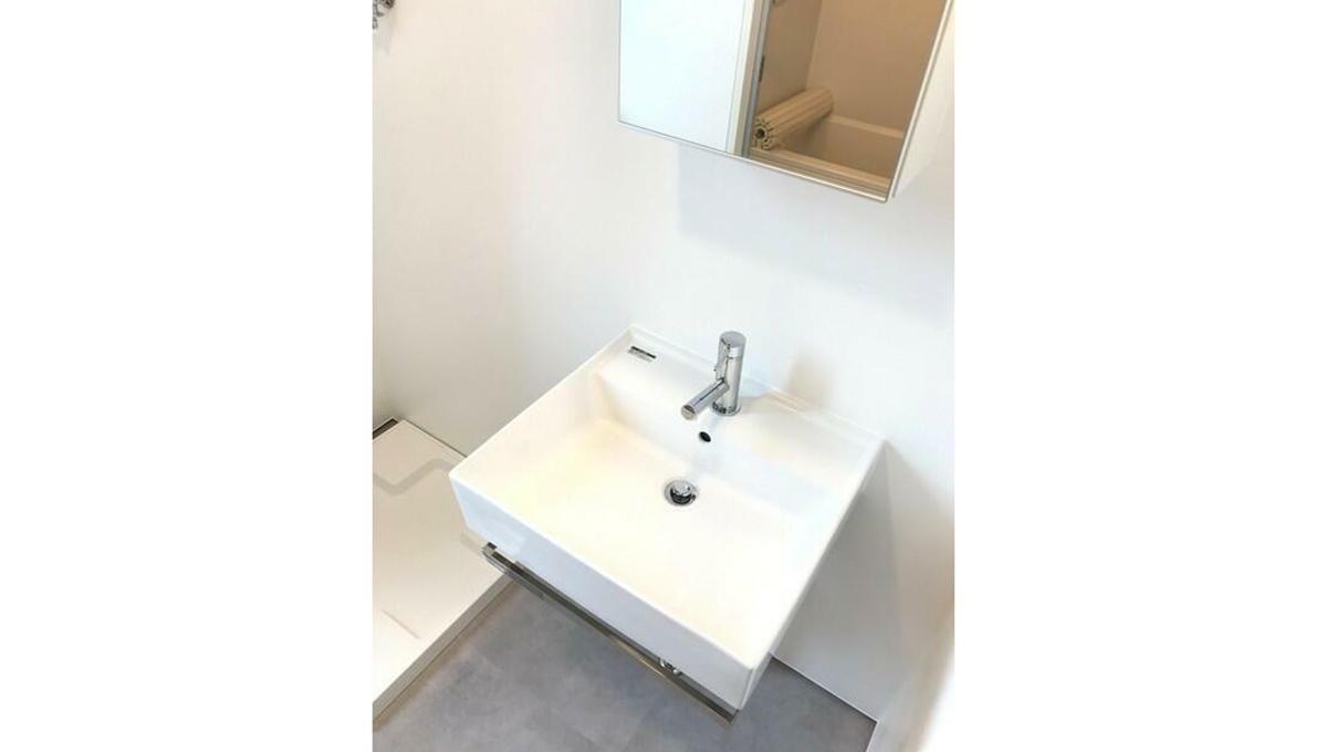 Solana Takanawadai(ソラーナ タカナワダイ)の独立洗面台