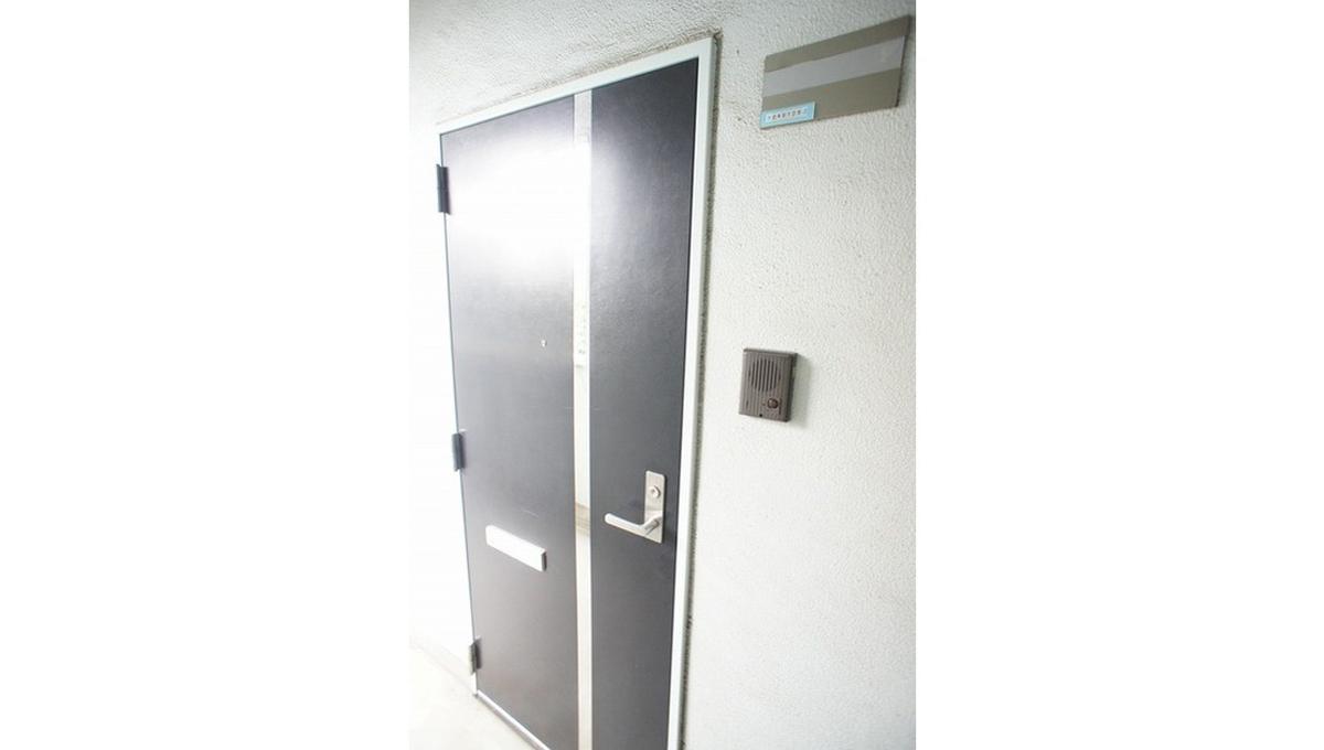 ボヌール 都立大学壱番館(トリツダイガク イチバンカン)の玄関ドア
