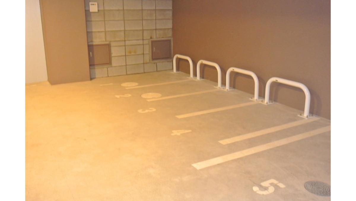 コリーヌ池田山( イケダヤマ )の駐輪場