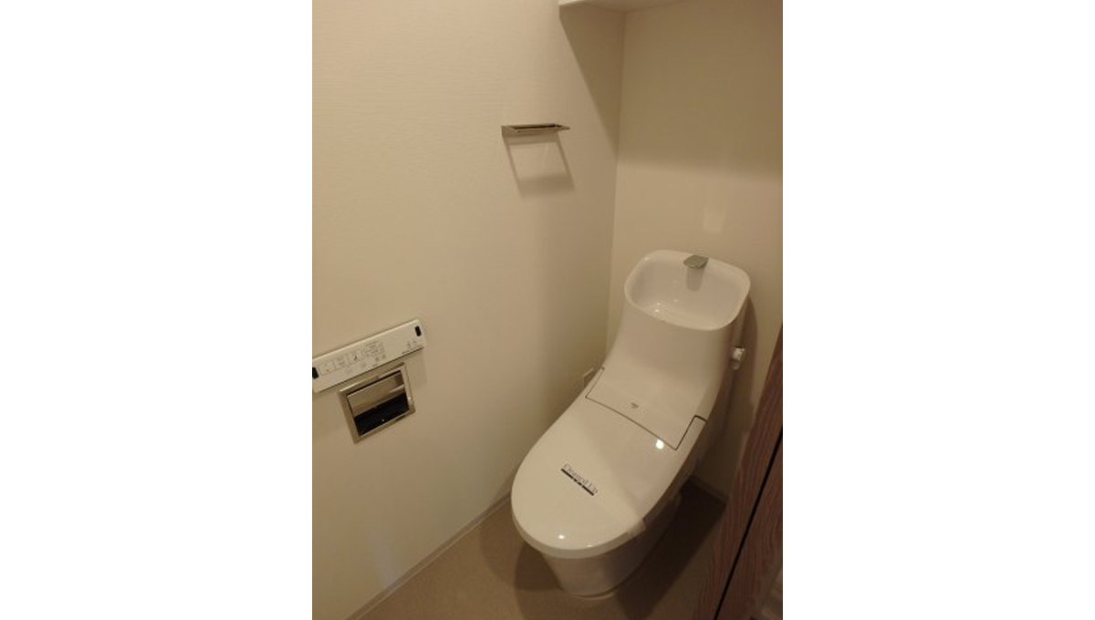 プラウドフラット 戸越銀座(トゴシギンザ)のウォシュレット付トイレ