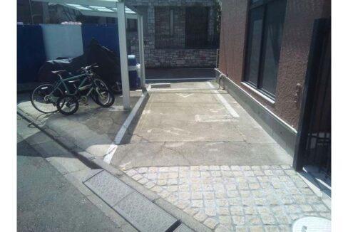 セリーヌ 田園調布( デンエンチョウフ )の駐車場