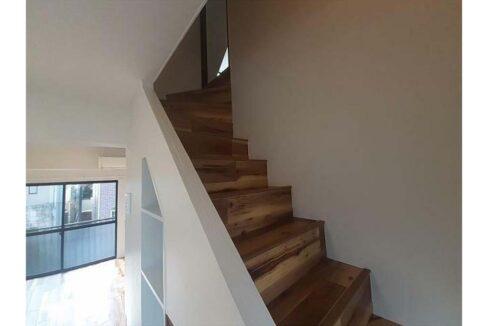 セリーヌ 田園調布( デンエンチョウフ )の階段