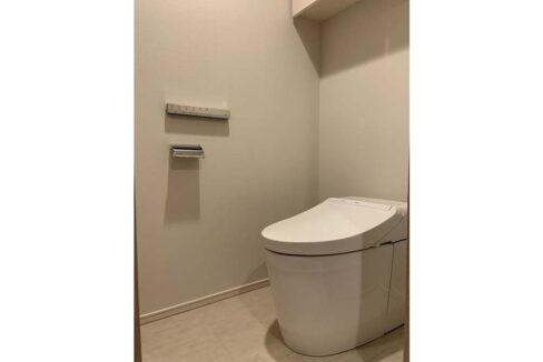 ドレッセ 美しが丘 フロント ( ウツクシガオカ )のウォシュレット付トイレ
