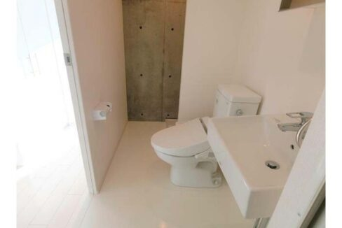 OAK SQUARE EBISU( オーク スクエア エビス )のウォシュレット付トイレ