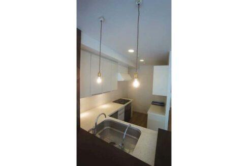 尾山台 HOUSE( オヤマダイ ハウス)の対面式キッチン