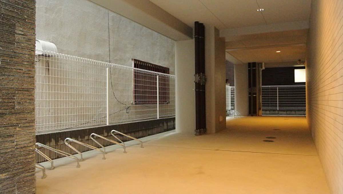 レヨン・エテルネルの駐輪場