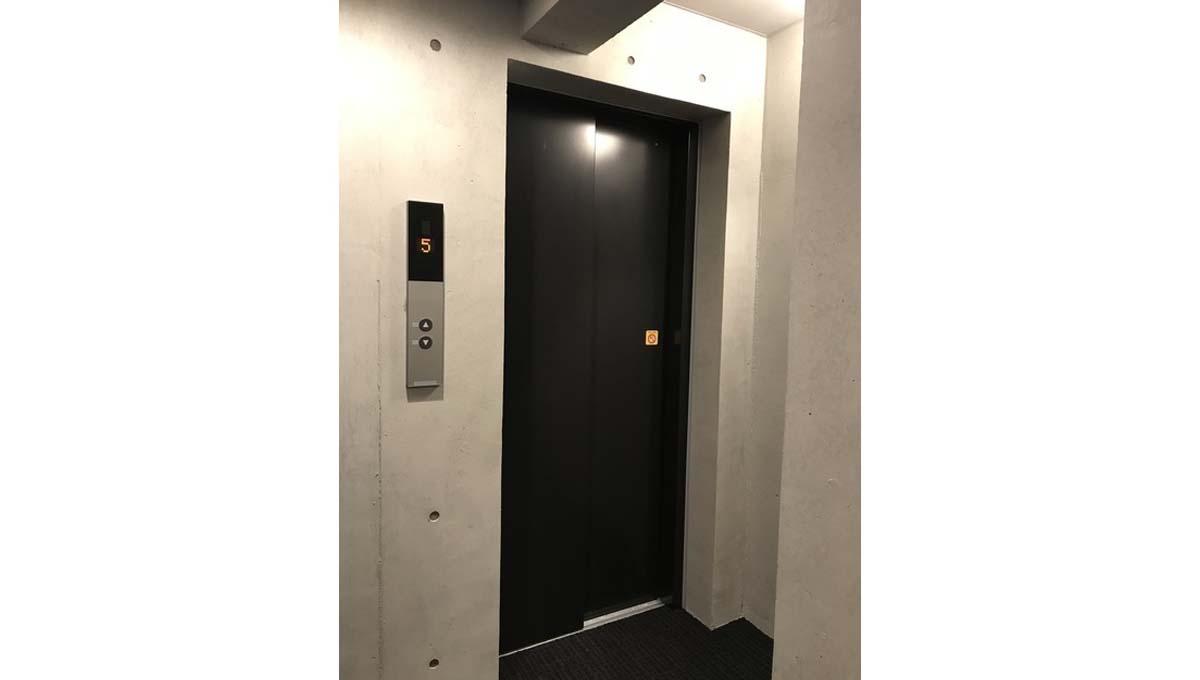 ウェルスクアイズム 上池台(カミイケダイ )のエレベーター