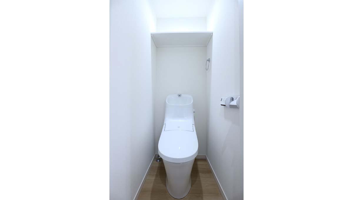 コンフィア目黒本町(メグロホンチョウ)のウォシュレット付トイレ