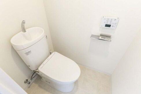 ラクラス 中延( ナカノブ )のウォシュレット付トイレ