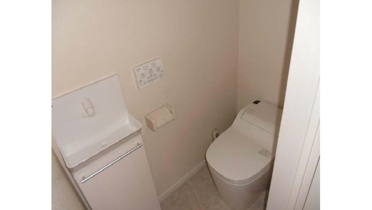 オリーブハウス 大岡山( オオカヤマ )のウォシュレット付トイレ