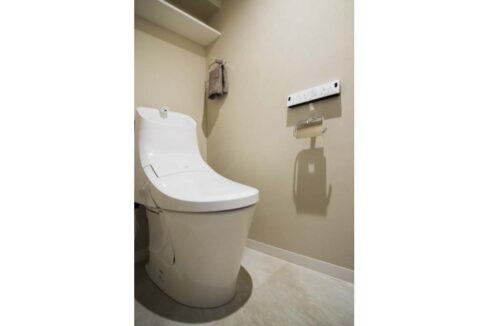 プリオール 西大井( ニシオオイ )のウォシュレット付トイレ