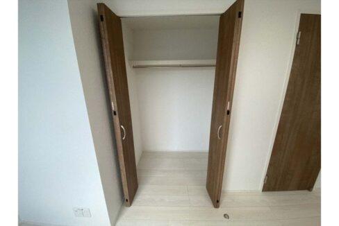 reberty-megurominami-closet1