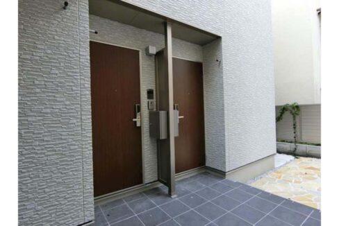 セゾン桜坂 ( サクラザカ )の玄関ドア