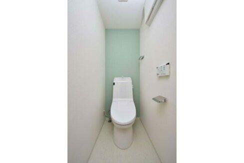 SYFOROME TOGOSHO-KOEN ( シーフォルムトゴシコウエン )のウォシュレット付トイレ