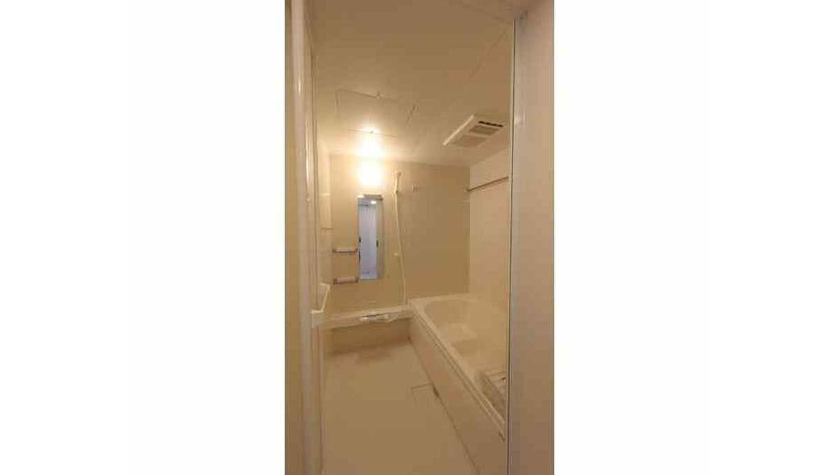 Urban luxe KAMINOGE ( アーバン リュクス カミノゲ ) のバスルーム
