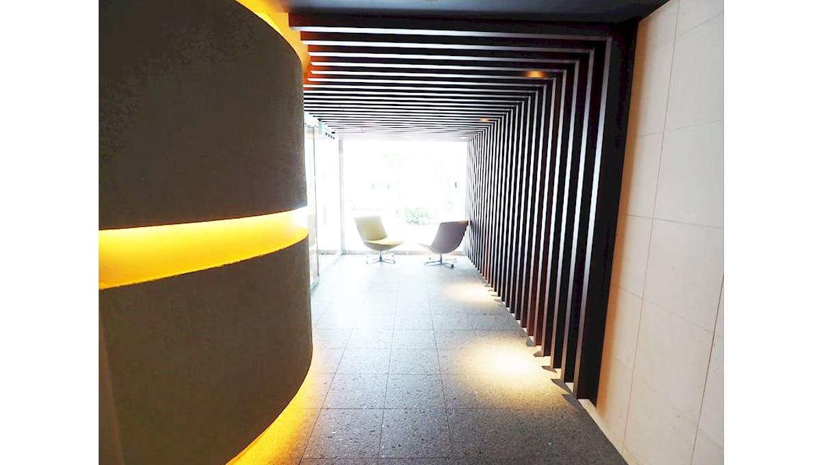 urbanex-hatanodai-entrance-hall
