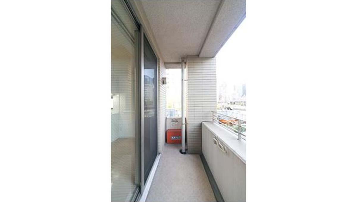 victoria-place-balcony