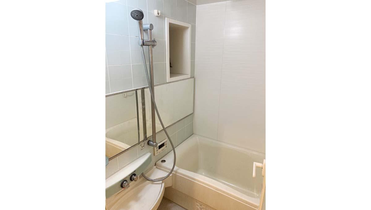 yutakamachi-house-bathroom